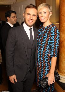 Gary Barlow junto a su esposa Dawn